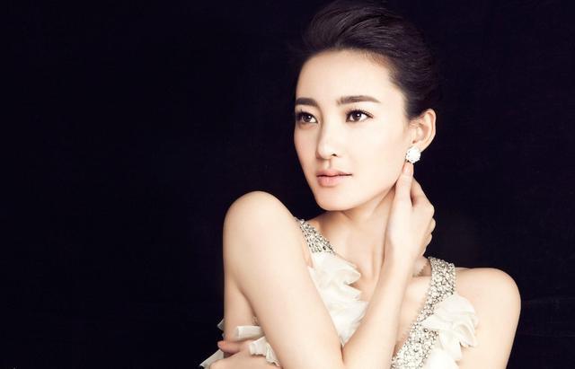 成年动漫3d无尽视频无广告,泰国女主播直播视频,李秀彬直播露胸
