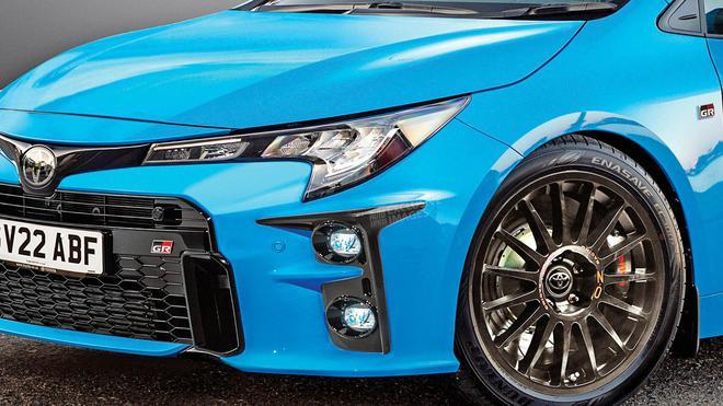 XI全网-丰田卡罗拉性能版效果图曝光 将推多款新能源车