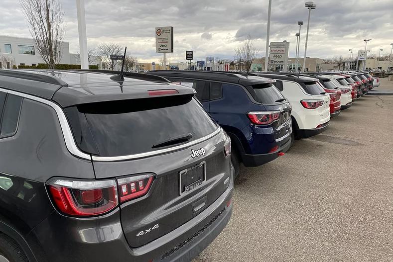 美国车市暴跌 日本汽车制造商将遭受重创