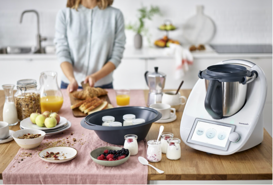 福维克美善品TM6多功能料理机成为宅家优选,轻松实现工作12bet两不误