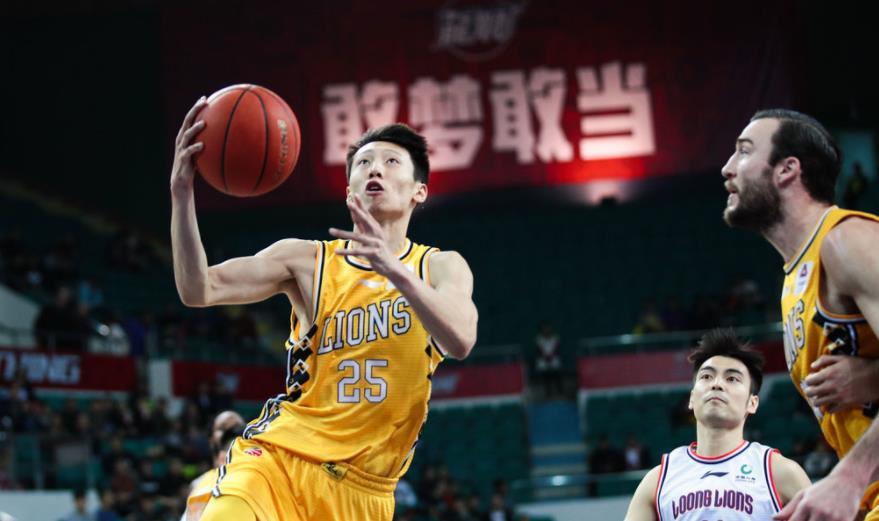 世青赛场均20+3,进入广厦男篮五年原地踏步,赵岩昊上限理应更高