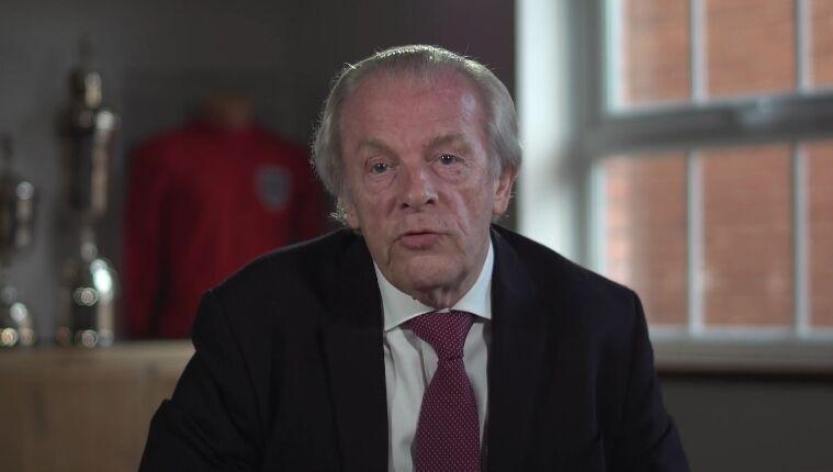 英卫生大臣遭回击:本职工作没做好 还指责足球界