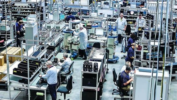 虽然德国紧缺呼吸机,但我们依然把大部分产品给了中国