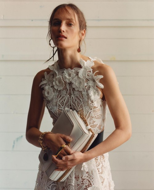 Alexander McQueen 2020春夏系列The Story Shoulder手袋