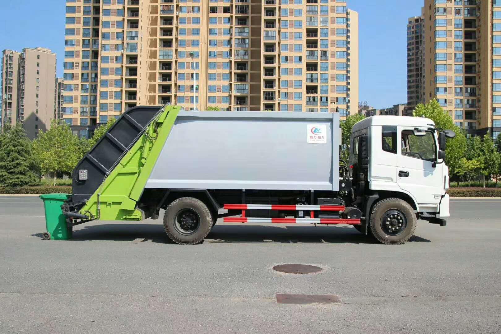 垃圾分类有哪些处理技巧?挂桶压缩垃圾车解决小区垃圾问题图片