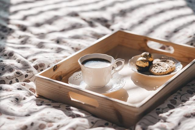 cafe是什么意思(coffee cafe区别用法)