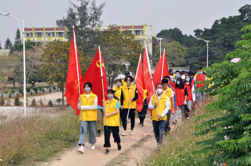 """""""护河环保徒步行·助力潮州河更美""""——潮州市众乐志愿者在行动"""