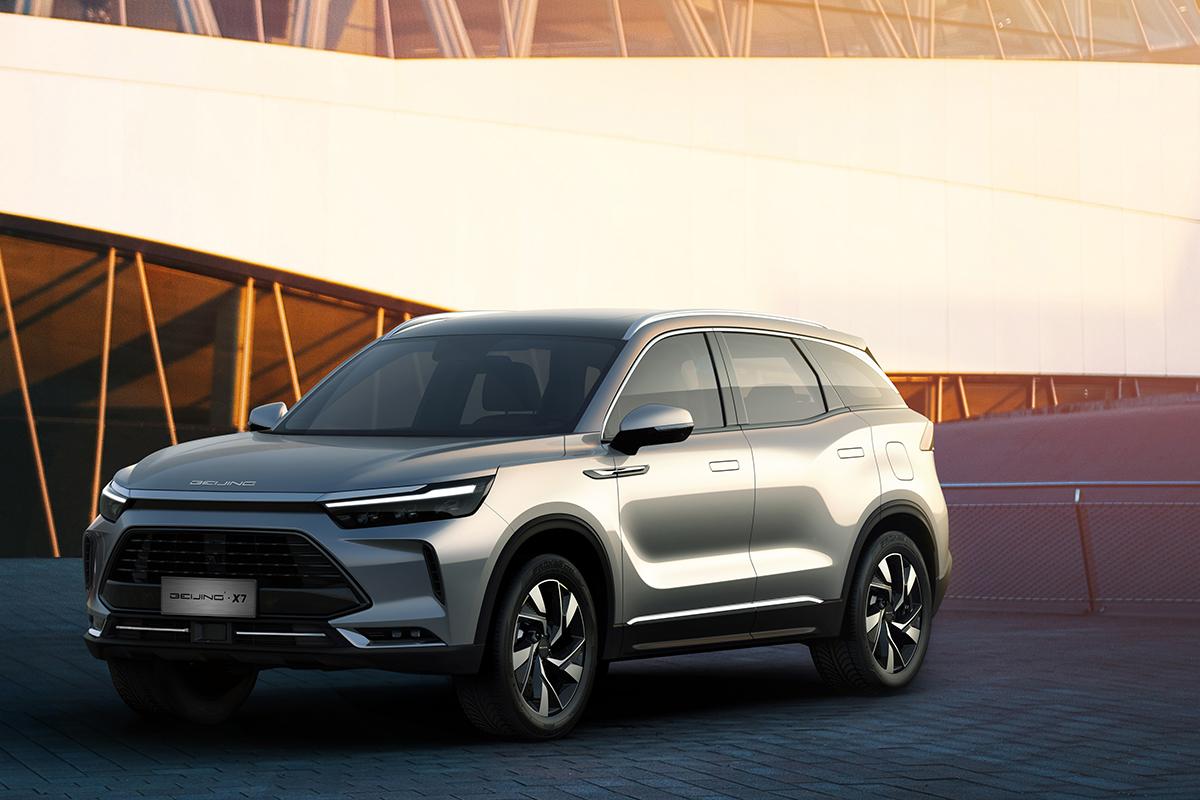 F1体育-定位中型SUV 北京汽车BEIJING-X7官图发布