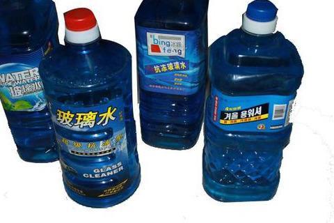 玻璃水的成分有哪些(自制玻璃水最佳配方)