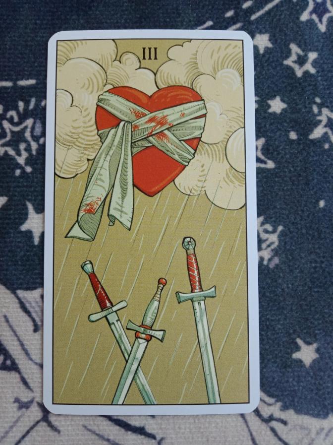 塔罗宝剑三逆位底牌?正位能复合吗?