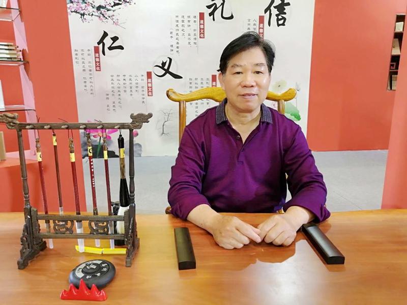 陈振桂:教书要有志,育人要用心