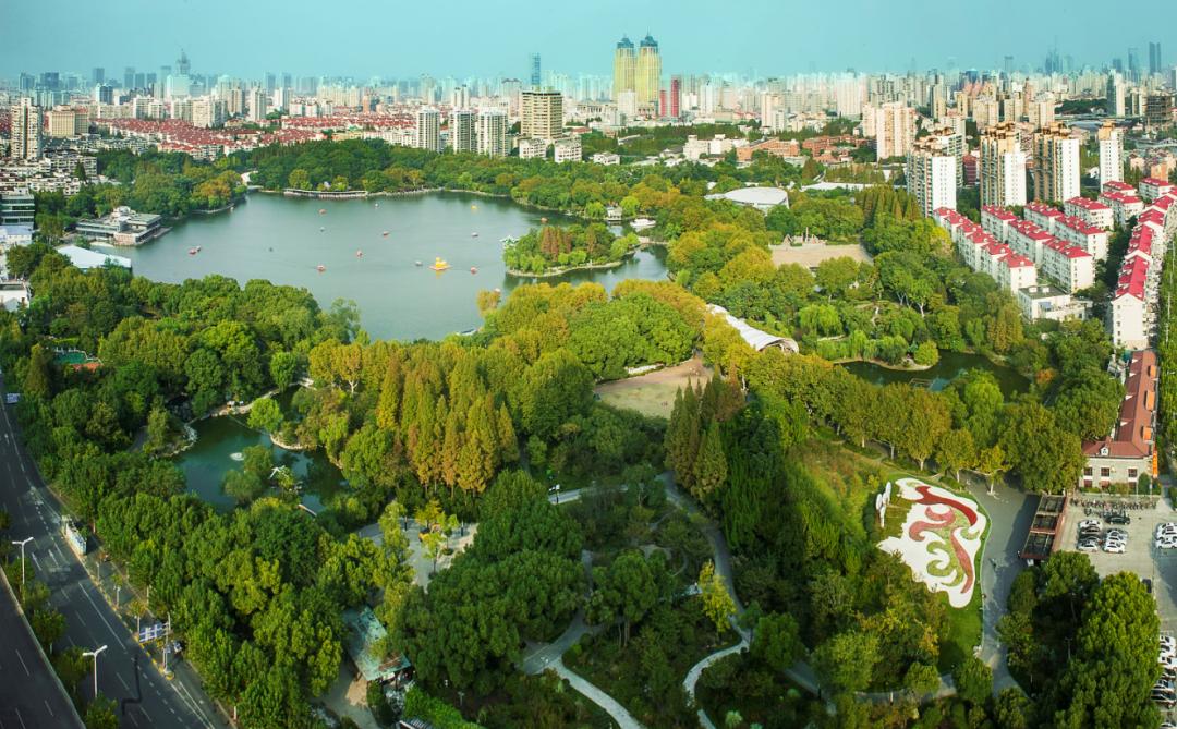 上海首批全域旅游特色示范区域公布:陆家嘴金融城等入选