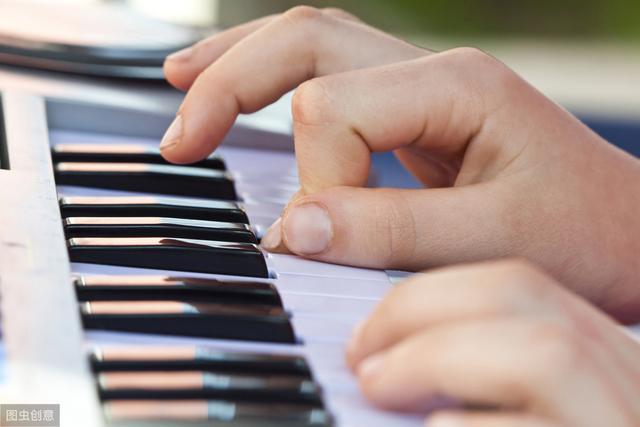 电子琴61键键盘认识(88键与76键、61键有什么区别)