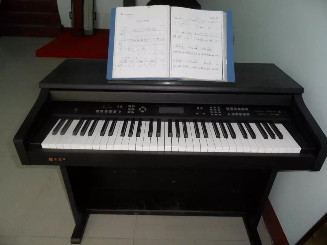 电子琴怎么配和弦(电子琴左手伴奏小窍门)
