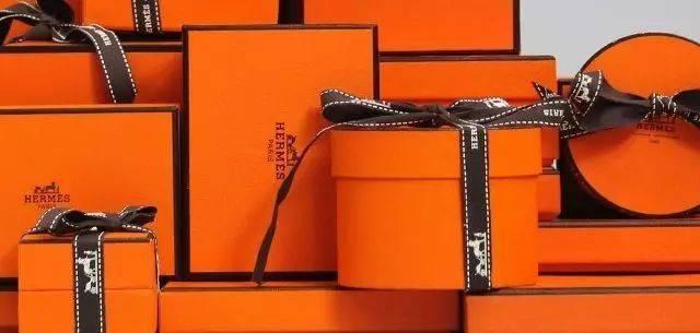 Hermes北美最大门店落户多伦多,巨型橘色包装盒刷屏网红圈_手机搜狐网