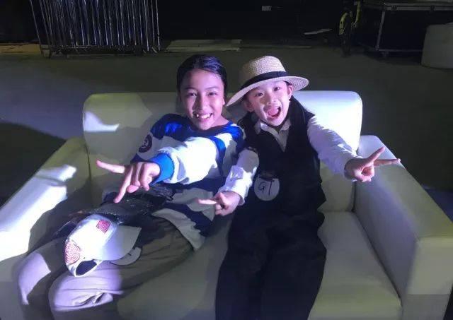 萌酷!中国7岁舞童小蘑菇登上美国最火《艾伦