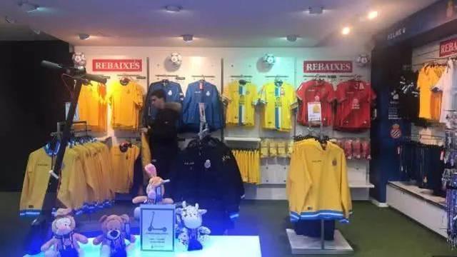 卖武磊的球衣让西班牙人球队致富