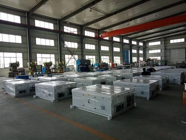 扬子江空调生产现场