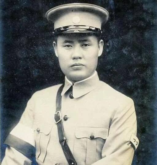 1949年傅作义在北平宣布起义,跟随起义的4个军长,后来结局如何? ..._图1-2