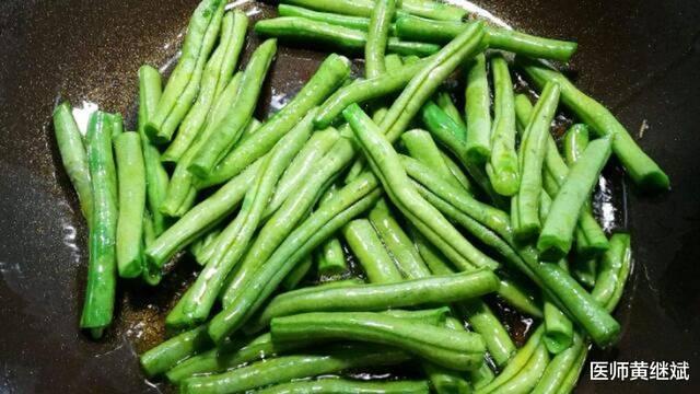 官方学名为四季豆,夏季必备消暑蔬菜,无筋豆有三大功效!