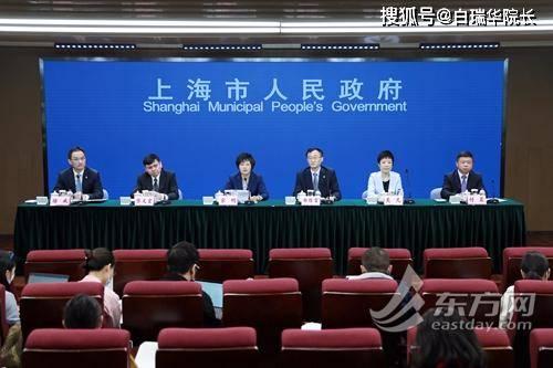 张文宏复盘上海疫情防控,硬核回应外国专家