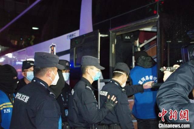 甘肃甘南警方跨省抓获7名电信诈骗案犯罪嫌疑人