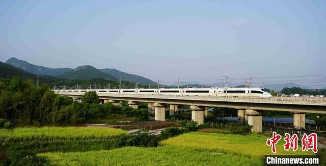 长三角铁路10日调图 优化皖北运能调整运行区段
