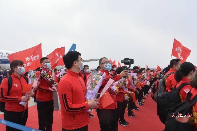 长白山机场:恪尽职守迎接英雄凯旋