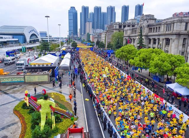 汉马重启!志愿者中签率36% 4月12日举办线上跑
