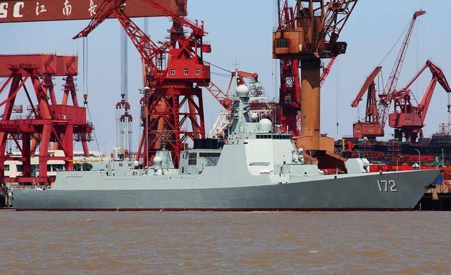 中国055和052D相比印度最强战舰如何?印度网民回复亮了!