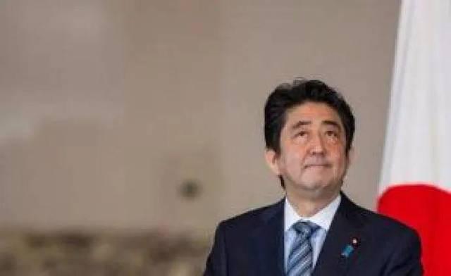 日本首相改口了,承认应对疫情不力