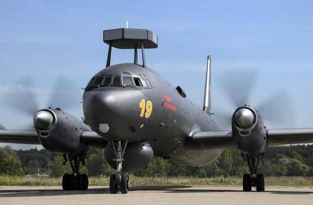 """头顶""""小板凳""""!俄军机抵近美国领空,F"""