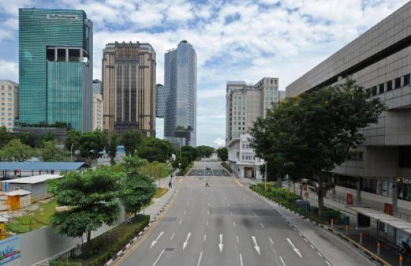 新加坡单日新增病例居高不下,外劳宿舍条件易