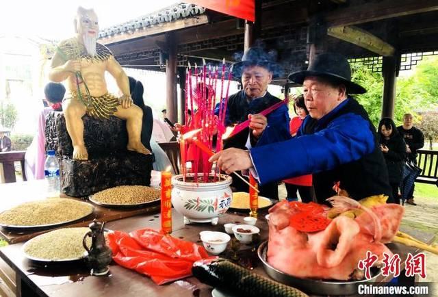 福建连城培田举办第九届春耕节 祈求风调雨顺五
