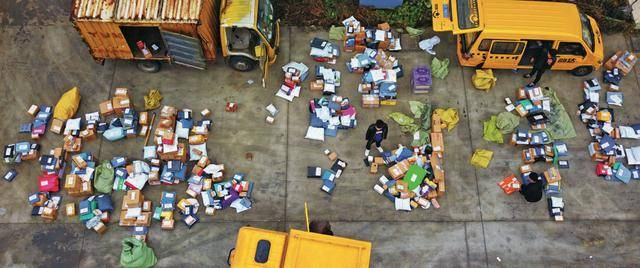 """新限塑令:越限越多的塑料污染""""死结"""""""