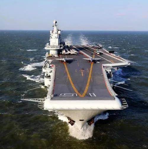 """""""辽宁舰穿越台湾海峡""""刷爆网络,太平洋上唯一可用航母近况如何"""