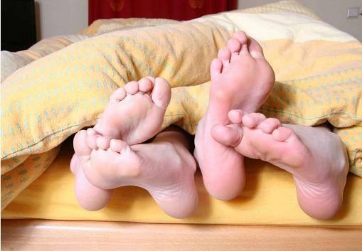 夫妻感染尖锐湿疣需要注意什么?