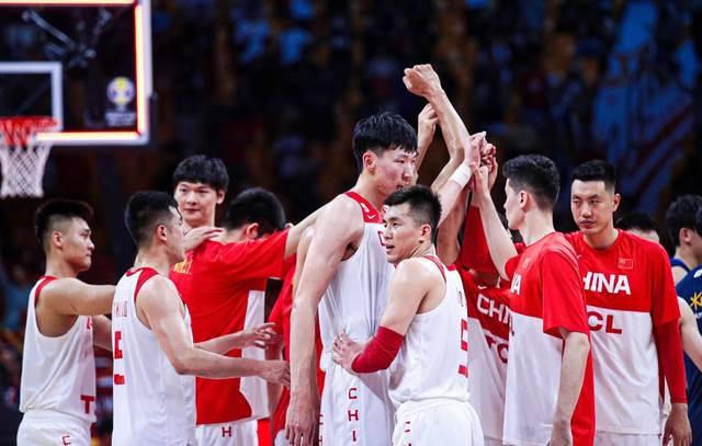一年后的奥预赛中国男篮阵容会有谁?热爱和付