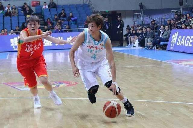 北京首钢女篮防疫、训练两手抓
