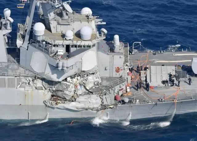 委内瑞拉发生撞船事故,44名海军当场落水,国防