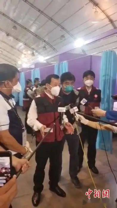 """菲律宾版彩虹色""""方舱医院""""充满希望 中国专家"""