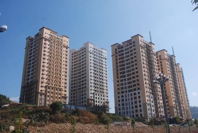 云南文山两个公租房项目烂尾两年多,住建局: