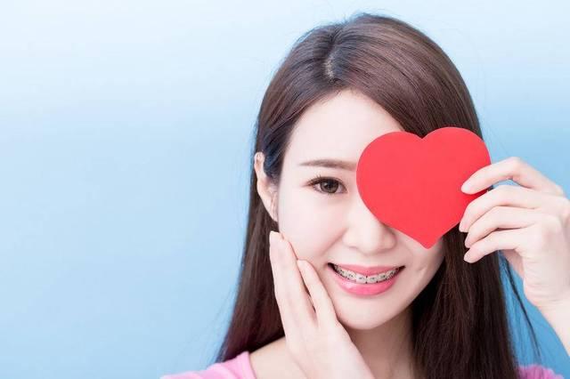 成人晚上磨牙因何造成?检查3方面注意3事,磨牙不再,口腔健康