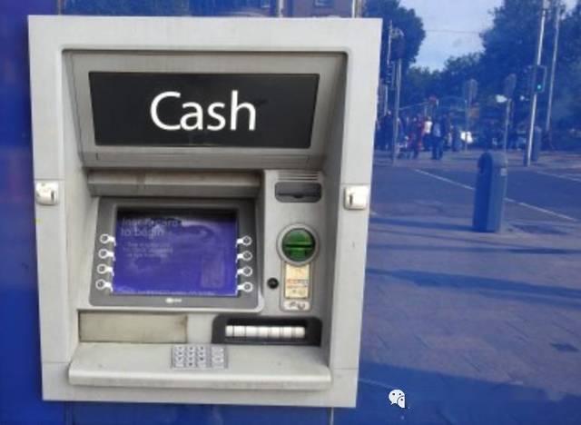 爱尔兰信用卡消费下降了近三分之一,现金使用减少一半以上