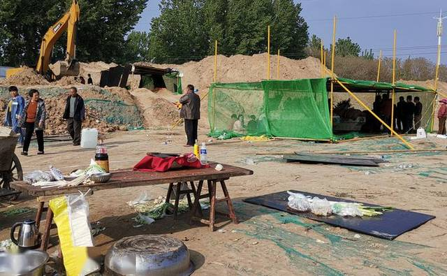 河南4儿童被埋工地未获施工许可,事发3天前被要
