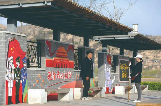 吕梁:军民鱼水一家人 共创双拥模范城