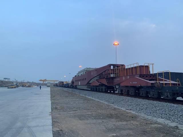 铁路部门助力国家重点工程复工建设 全力保障大