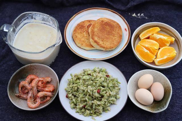 张文宏说要好好吃早餐,我晒晒自家孩子的早餐,花20分钟您看值吗