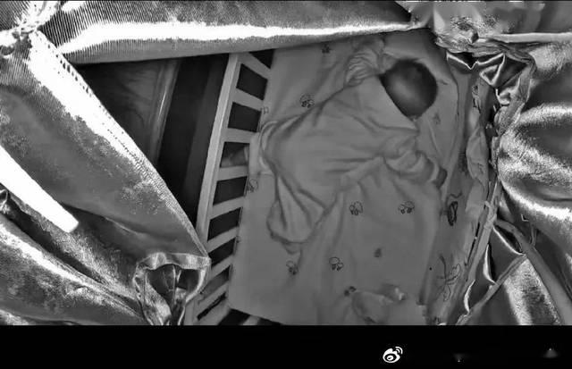 心碎!3个月大的宝宝训练趴睡,死在了妈妈的监控里!别再做无知家长
