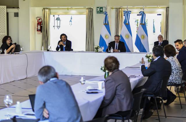 阿根廷新增新冠肺炎确诊病例147例 政府将在交通